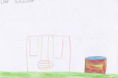 Mina (7) Schulhof